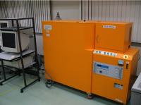 グロー放電発光分光分析装置
